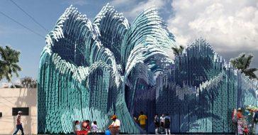 Niezwykła instalacja w Meksyku stworzona ze zrecyklingowanych butelek