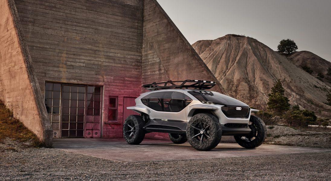 Terenówką w przyszłość – Audi przedstawia model AI:TRAIL quattro
