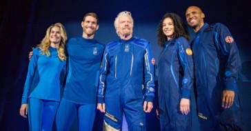 Marka Under Armour stworzyła kombinezony dla kosmicznych turystów Virgin Galactic