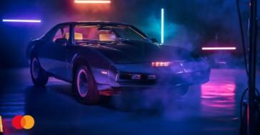 """Pontiac Trans Am z serialu ,,Knight Rider"""" do wylicytowania na aukcji Mastercard dla WOŚP"""
