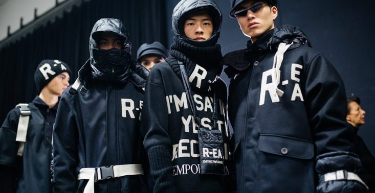 Armani stworzył kapsułową kolekcję ubrań wykonanych z materiałów z recyklingów<