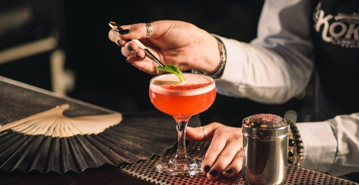 Niech żyje bal, czyli przepis na Karnawałowy Poncz od barmanów z El Koktel<