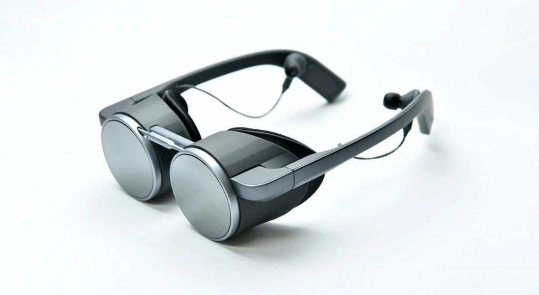 Czy to koniec gigantycznych okularów VR? Panasonic tym projektem przekonuje, że tak