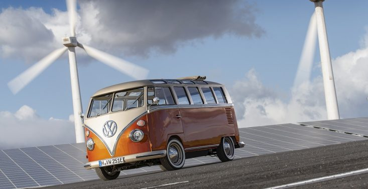 Volkswagen przedstawia e-BULLI – crossovera czerpiącego z klasyki i z najnowszych rozwiązań samochodów elektrycznych<