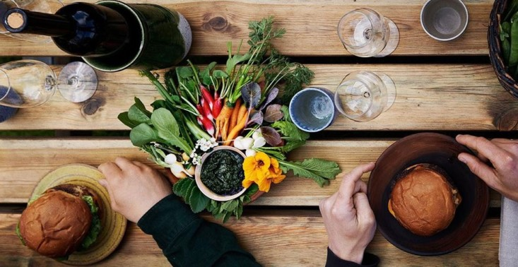Słynna restauracja Noma otwiera się po kwarantannie w zupełnie nowej formule<