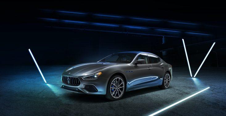 Nowe Ghibili Hybrid: pierwszy zelektryfikowany model w historii Maserati<