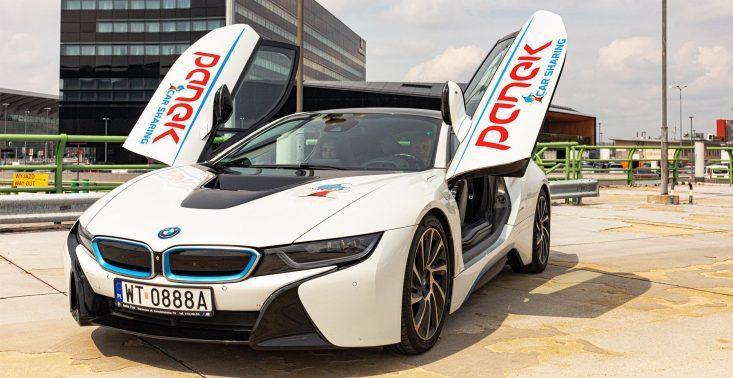 Najdroższy samochód w CarSharingu na świecie? Do floty PANEK dołącza BMW i8<