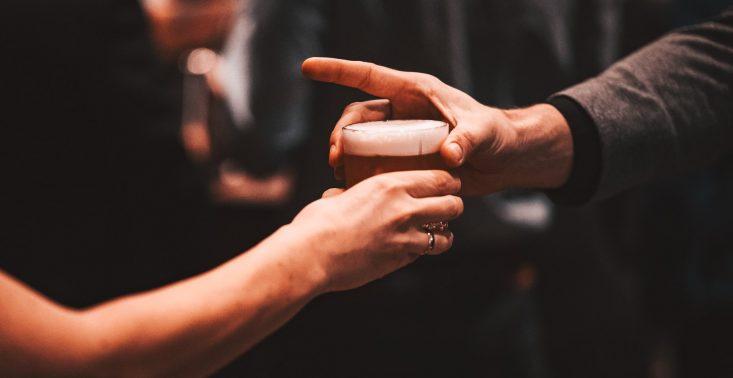 Koktajlowe klasyki, których musisz spróbować podczas World Class Cocktail Festival<