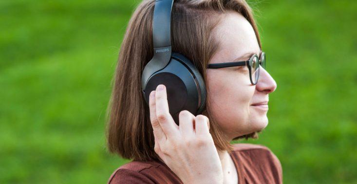 Czy można za niecałe 300 zł kupić markowe słuchawki z ANC? Można, ale trzeba być wyrozumiałym<