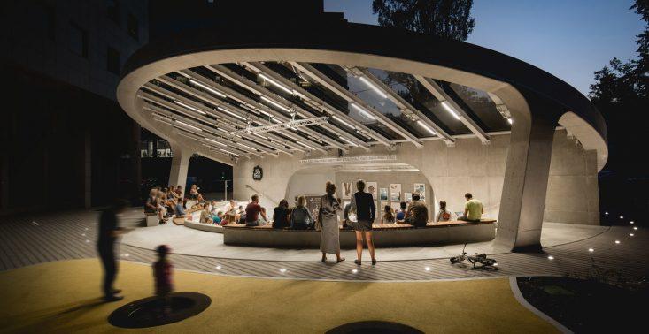 Amfiteatr na Służewcu – nowy symbol biznesowej części Warszawy<
