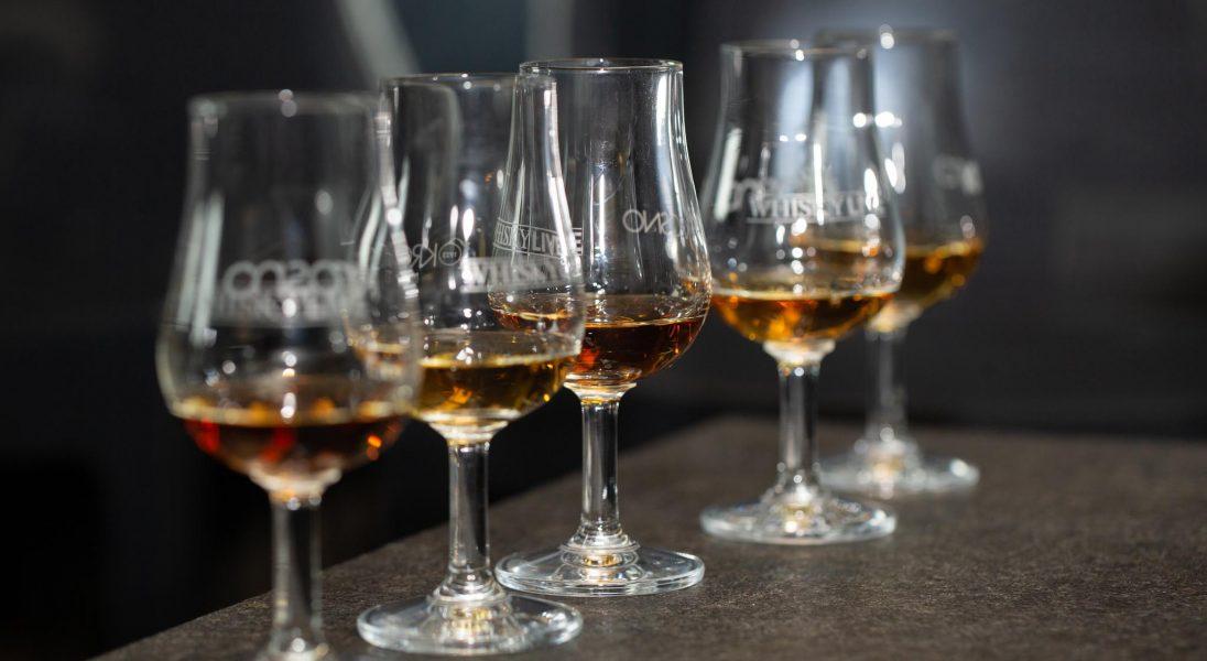 Whisky Live Warsaw przez cały październik w Internecie