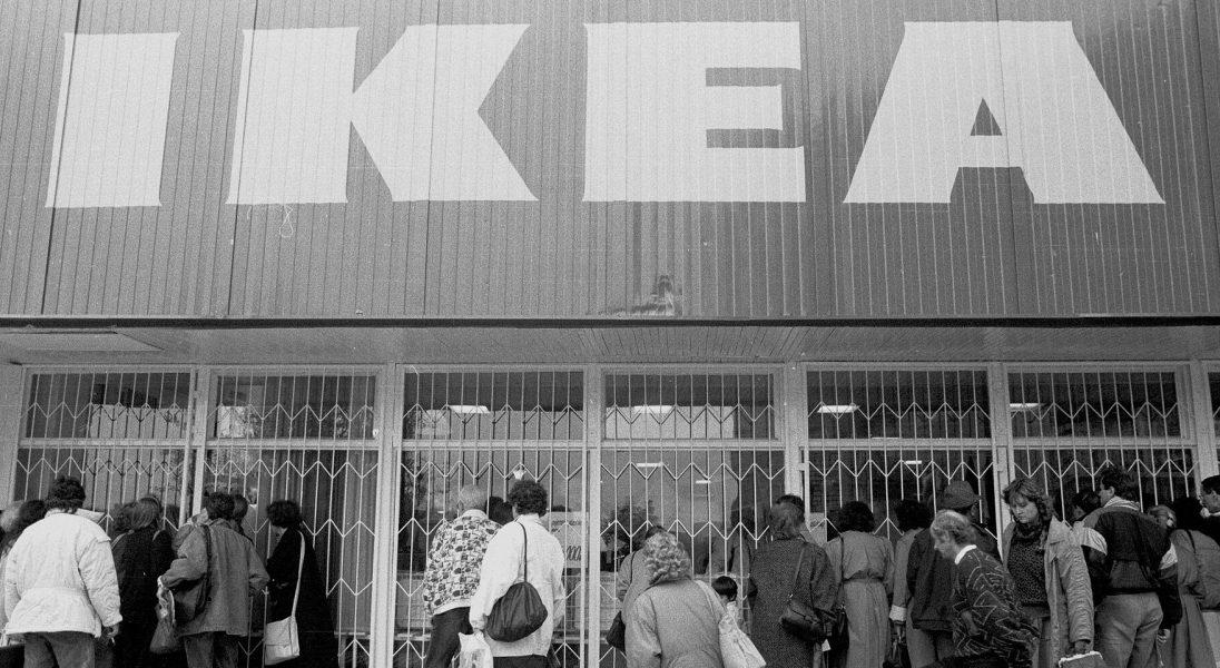 Tak wyglądał pierwszy polski sklep sieci IKEA – otwarto go 30 lat temu