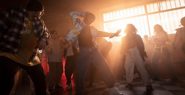 Wkrótce znowu razem zatańczymy – Levi's wraca z kultową kampanią w polskim wydaniu<