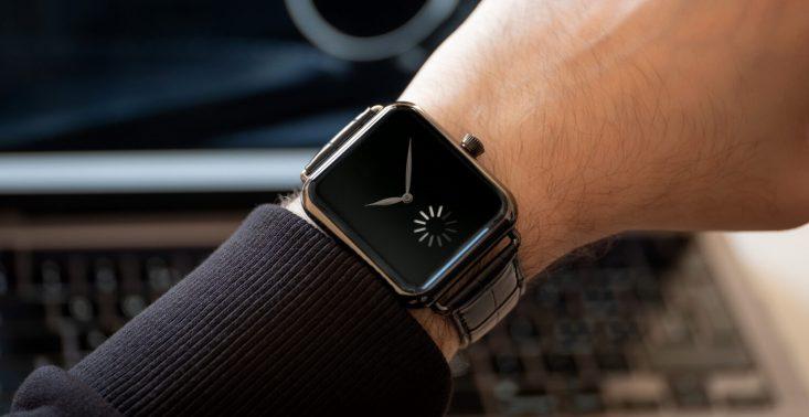 Swiss Alp Watch to mechaniczna wersja Apple Watch – kosztuje ponad 30 tys. dolarów<