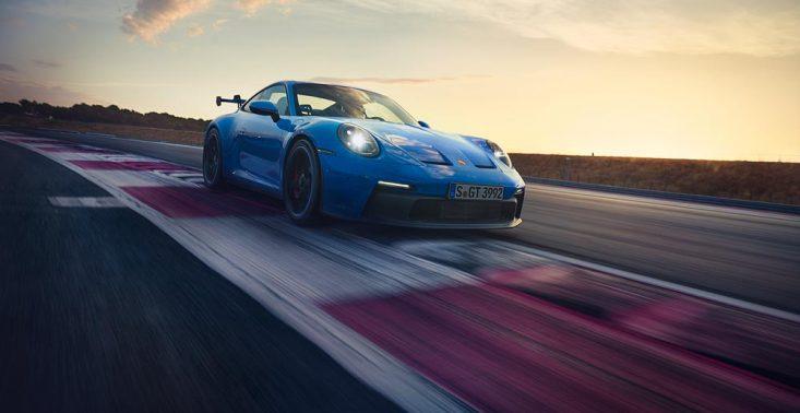 Oto jeszcze mocniejsze i szybsze nowe Porsche GT3 (992)<