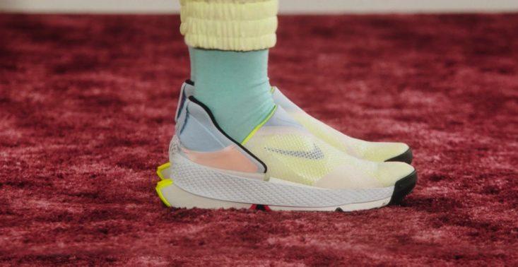 Nike zaprezentował nowy model butów, które można założyć bez użycia rąk<