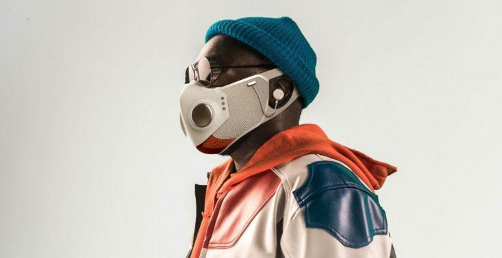 Xupermask, czyli maseczka przyszłości z Bluetoothem i słuchawkami<