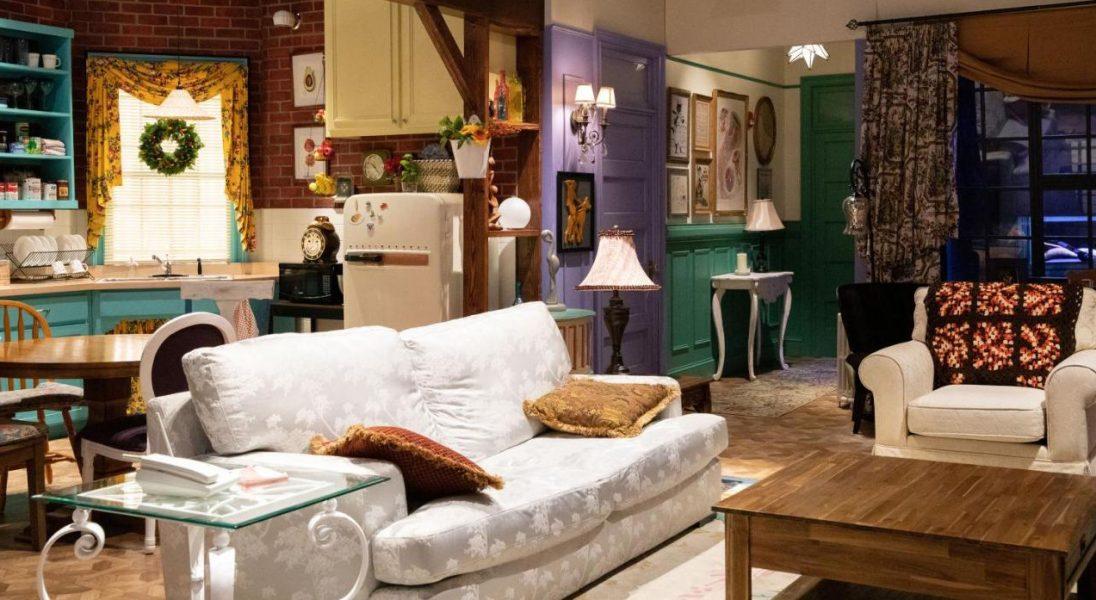 """Nocleg w mieszkaniu z """"Przyjaciół""""? Booking.com kusi swoją ofertą fanów serialu"""