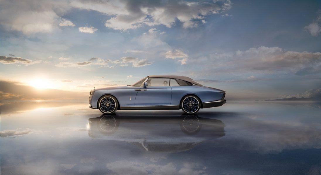 """Rolls-Royce """"Boat Tail"""" - najdroższy samochód na świecie, który jest inspirowany kształtem jachtu"""