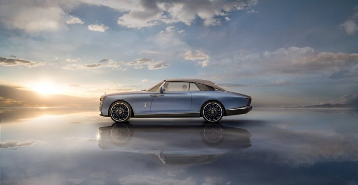 """Rolls-Royce """"Boat Tail"""" - najdroższy samochód na świecie, który jest inspirowany kształtem jachtu<"""