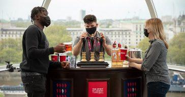London Eye świętuje ponowne otwarcie przekształcając jedną z kapsuł w pub