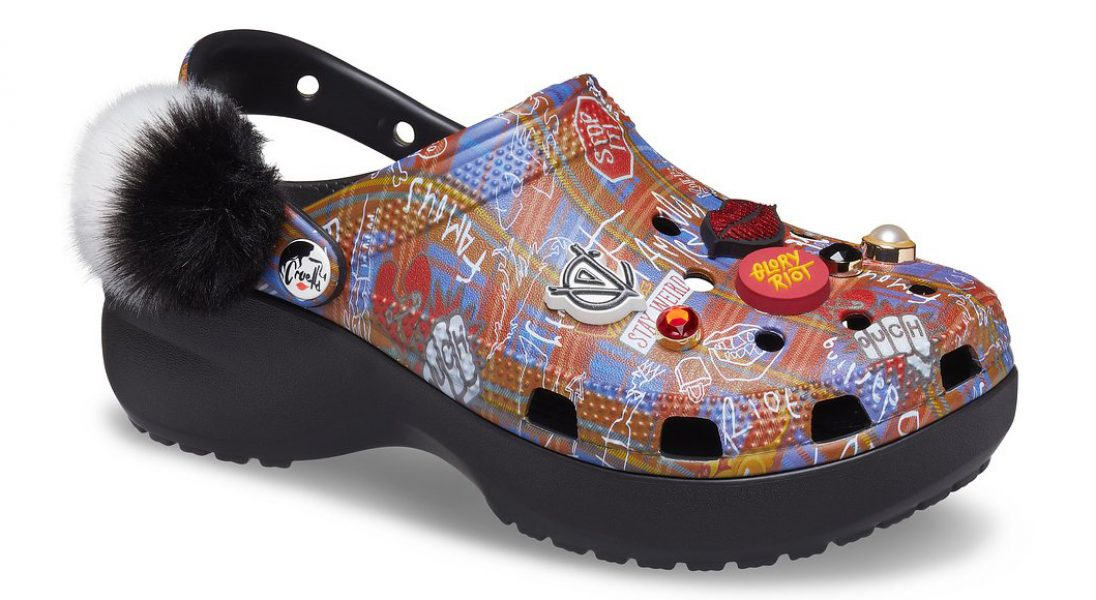 Marka Crocs wypuściła linię butów inspirowaną postacią Cruelli de Mon