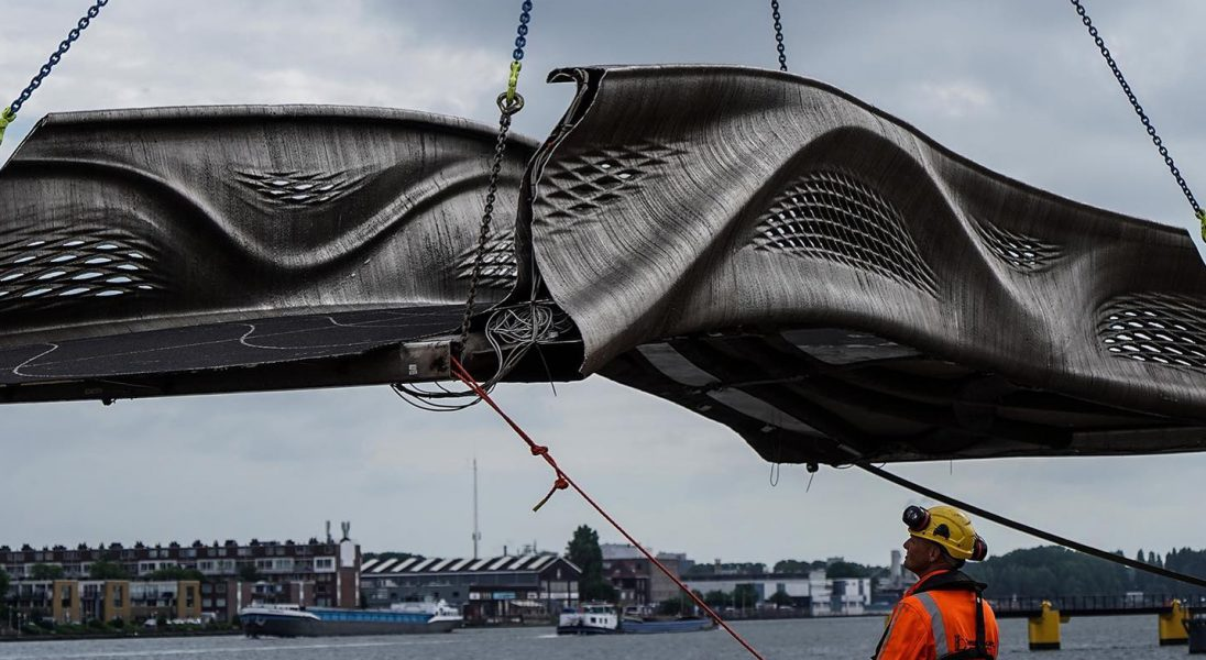 W Amsterdamie stanął pierwszy na świecie wydrukowany most