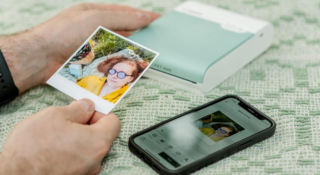 Przenośna drukarka, która pozwala kolekcjonować wspomnienia? Oto Canon SELPHY Square QX10